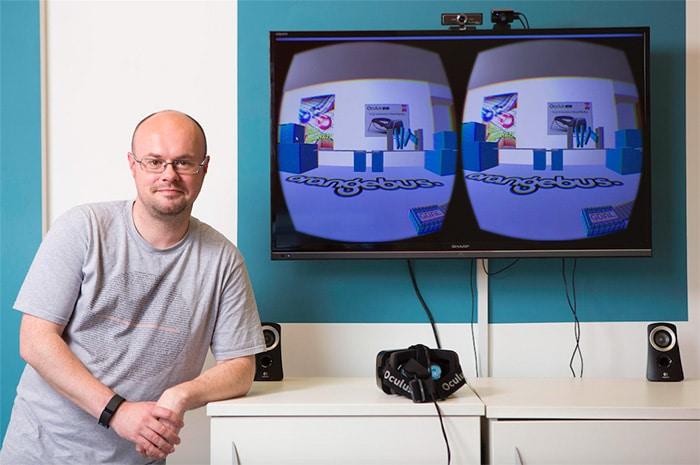 Geek Talent Ross Davidson Orange Bus
